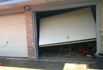 Garage Door Off Track | Garage Door Repair Coon Rapids, MN